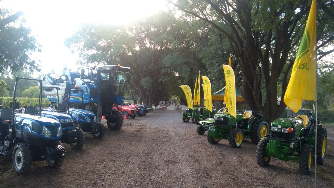 COVIAR propicia facilidades para la compra de tractores y maquinaria